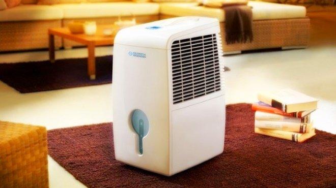Бытовой осушитель воздуха отличается компактными размерами, мобильностью и лаконичным дизайном
