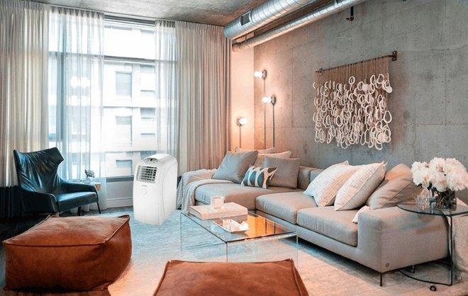 Мобильный переносной кондиционер в интерьере квартиры