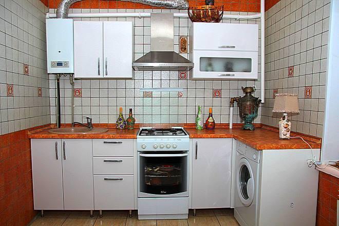 Купольная вытяжка на кухне